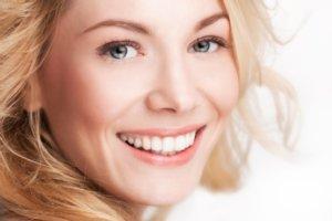Фото: Косметическое отбеливание зубов